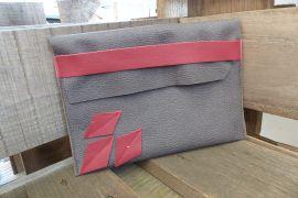 Tasche grau rot
