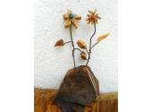 Zwei Holzblumen